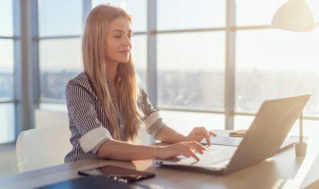 7 siti web per lavorare come copywriter e blogger